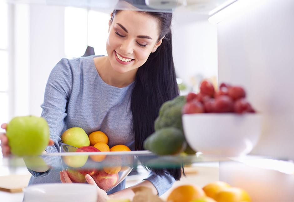 Conservare gli alimenti in frigorifero: i consigli utili per farlo al meglio