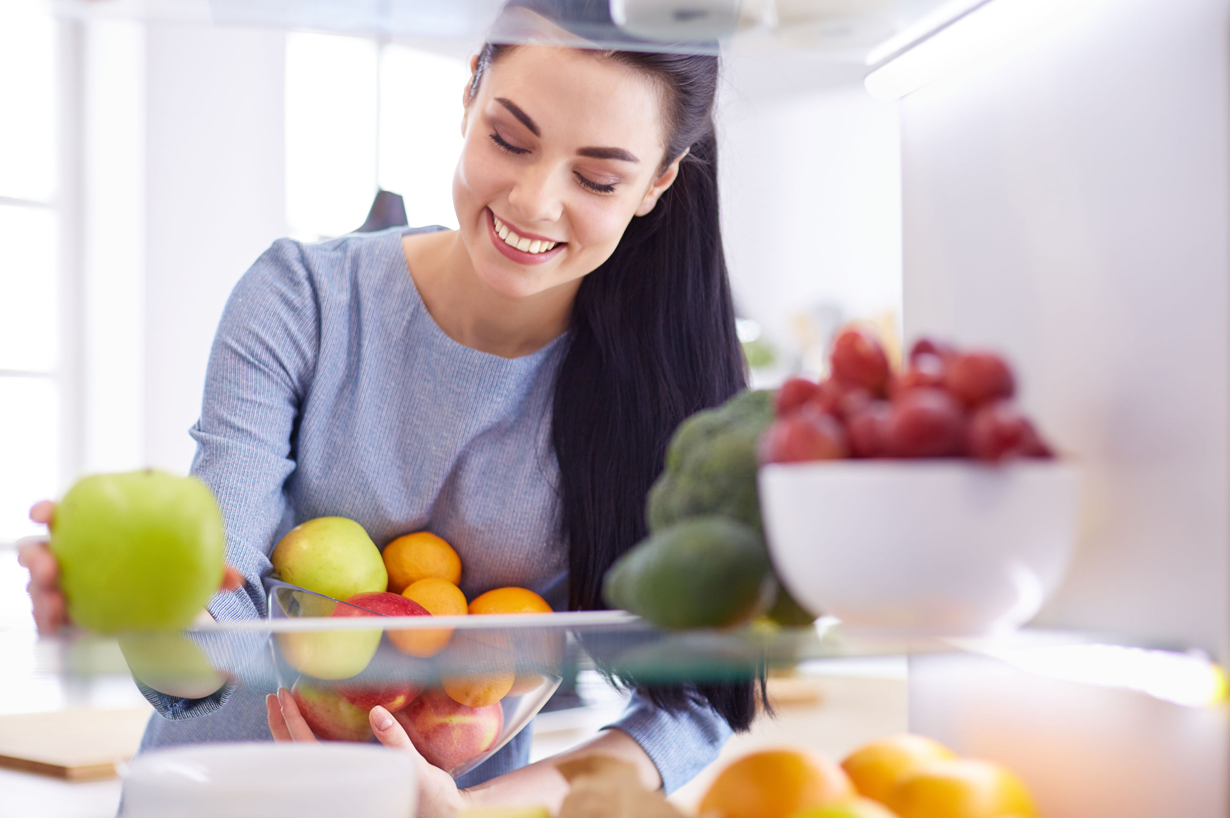 Tips and advice to store food in and out of your fridge